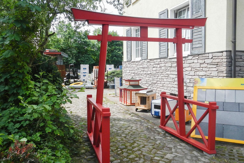 Japan Torii von Willi-Wood aus Holz- seitlich