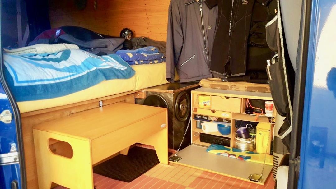 WILLI-WOOD Chuck-Box im Wohnwagen