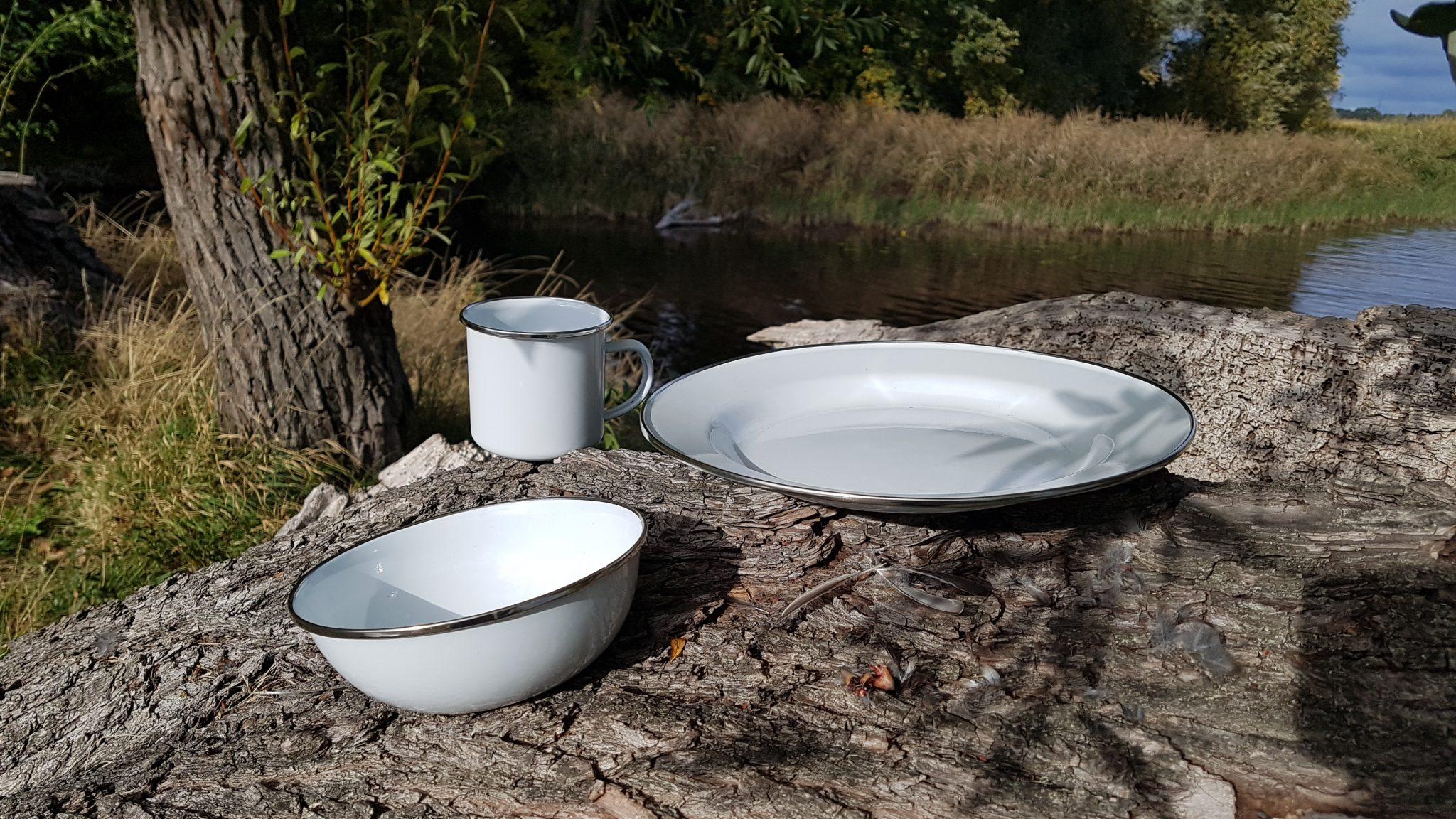 Emaille Geschirr von Willi-Wood in Weiß als Set